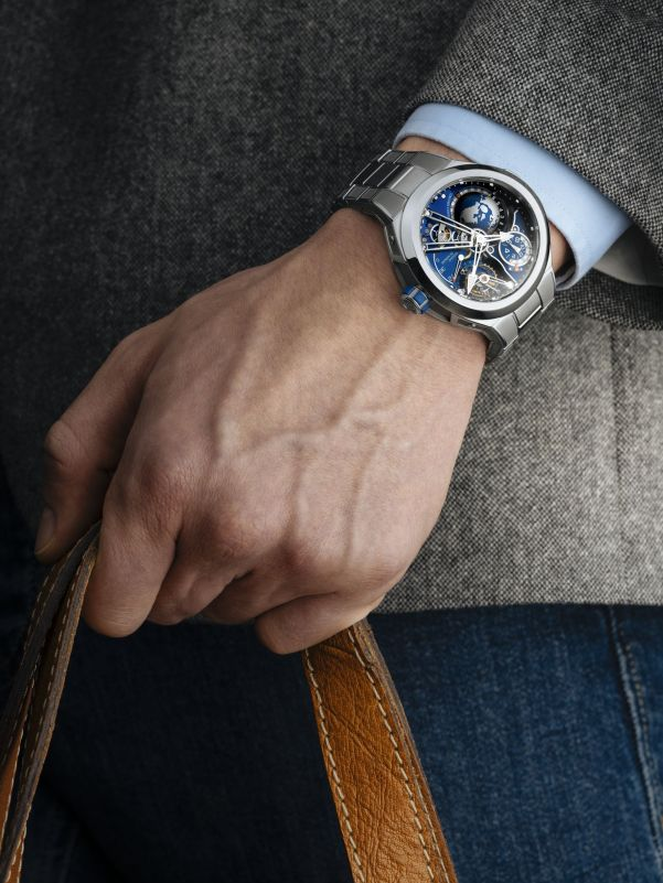 Greubel Forsey New GMT Sport with Integrated Metal Bracelet hands on