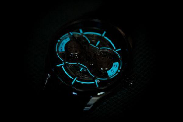 Loresum LS01 watch lume shot