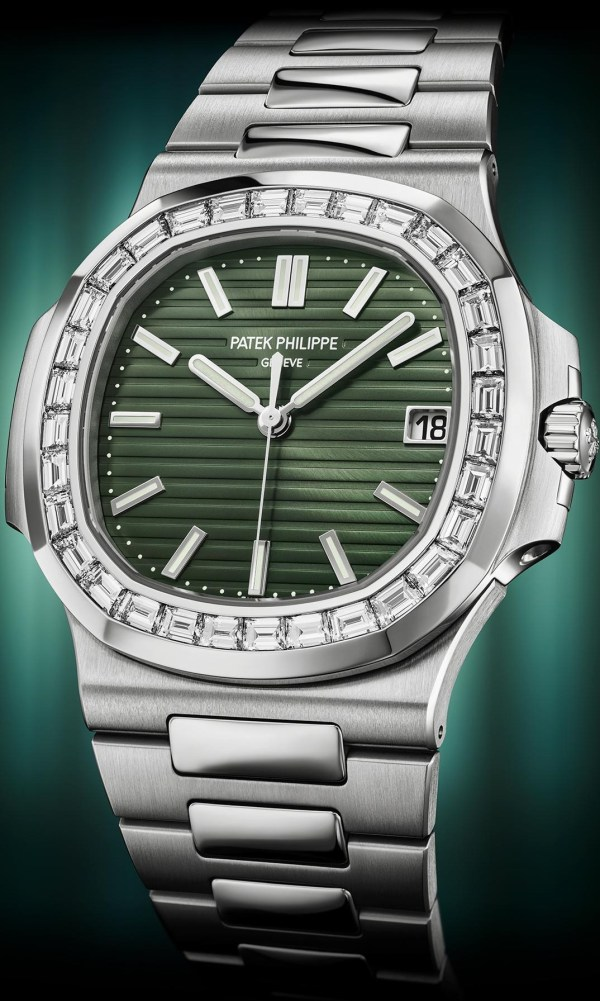 Patek Philippe Ref. 5711-1300A-001 Nautilus(stainless steel version, with olive green dial and baguette diamonds set bezel)