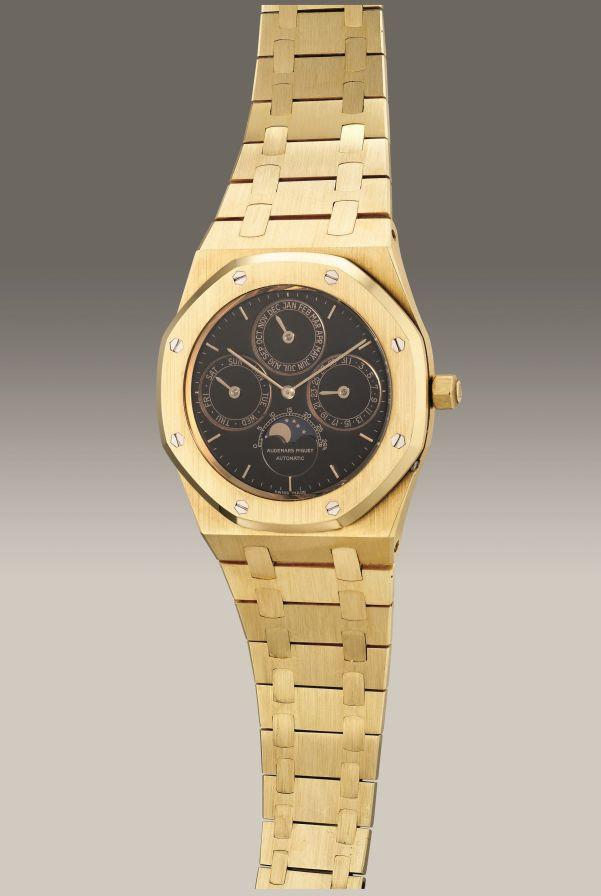Audemars Piguet Ref. 25554BA yellow gold perpetual calendar wristwatch with black dial. Circa 1986. Estimate: HK$ 780,000 - 1,560,000