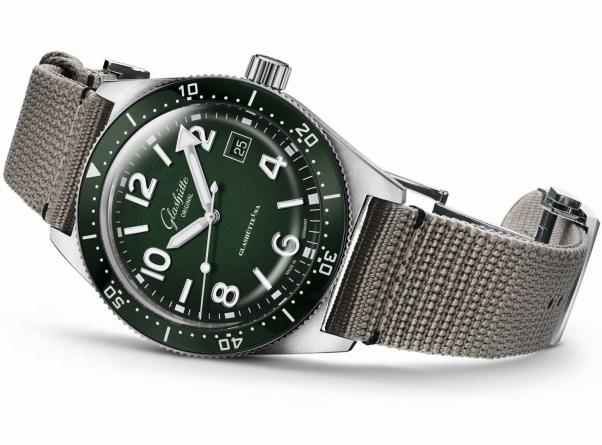 Glashütte Original SeaQ Reed Green automatic dive watch