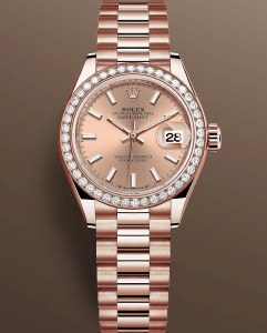 Reference 279135 RBR-0025: Everose gold case with diamond-set bezel, Rosé-colour dial with 18-carat gold index hour markers, President Bracelet.