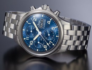 SINN 358 Sa PILOT B E Chronograph (with a dark-blue dial and ivory-coloured coating)