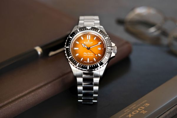 Edox Skydiver Neptunian Automatic, New Model with Orange Dial