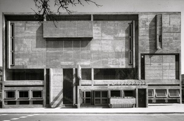 Haus Sindlingen, designed by Günter Bock