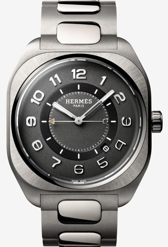 Hermès H08 watch with Satin-brushed titanium case