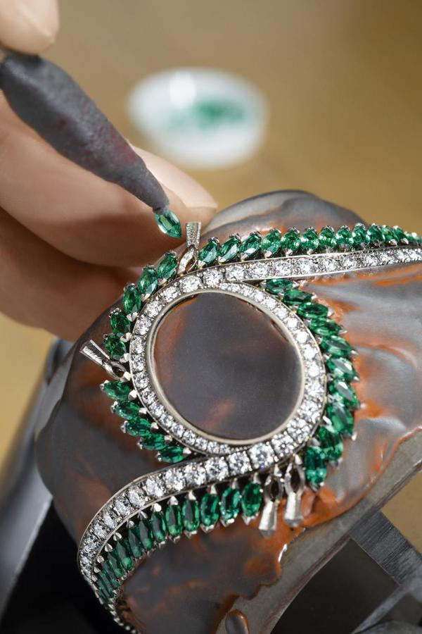 Piaget Limelight Gala High Jewellery Black Opal watch gemsetting