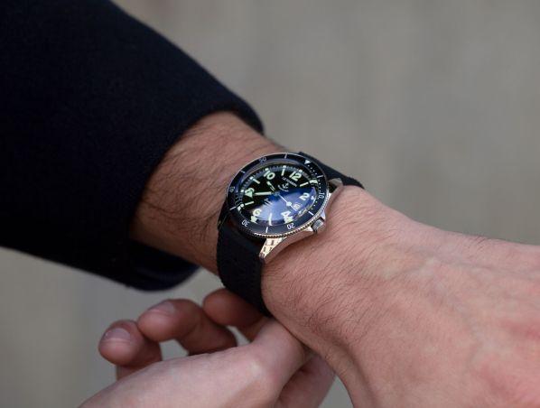 LE FORBAN SECURITE MER Brestoise watch wrist shot