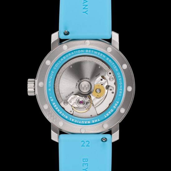 Marloe Watch Company Dart automatic watch in collaboration with Bert & Buoy