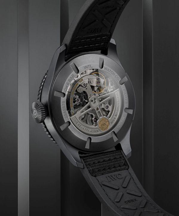 IWC Schaffhausen Pilot's Watch Timezoner TOP GUN Ceratanium (Ref. IW395505)