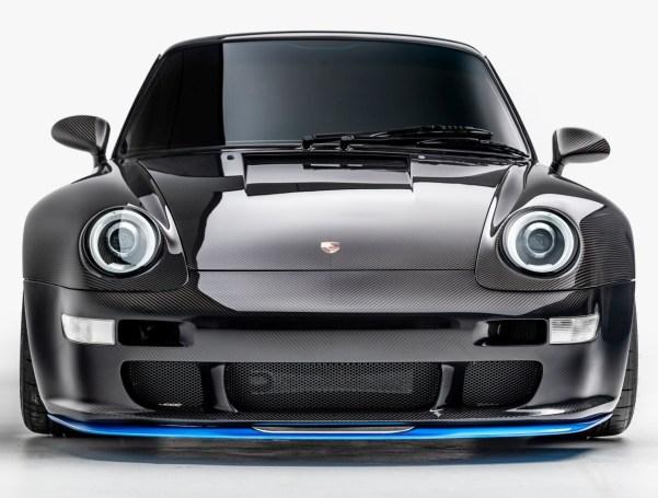 """The Porsche 993 """"Carbon Exoskeleton"""" Remastered by Gunther Werks"""