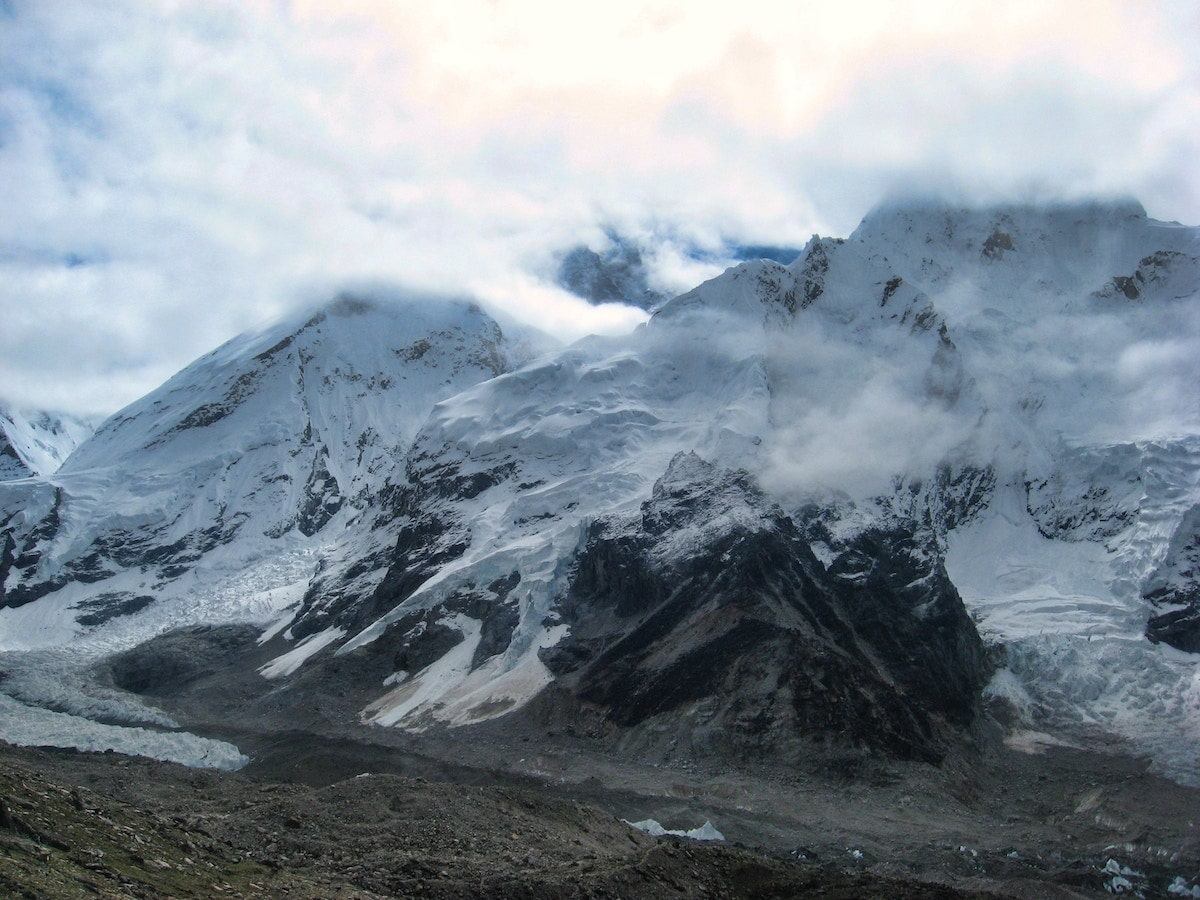 Scientists Set To Climb Mount Everest To Research Climate