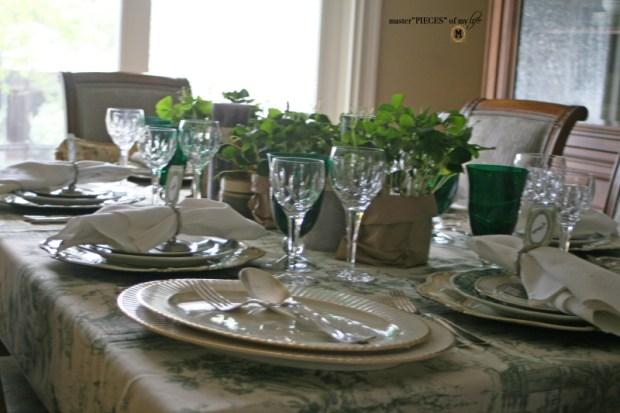 St Patricks celebaration tablescape1