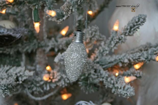 Glitter old fashioned christmas light bulbs5