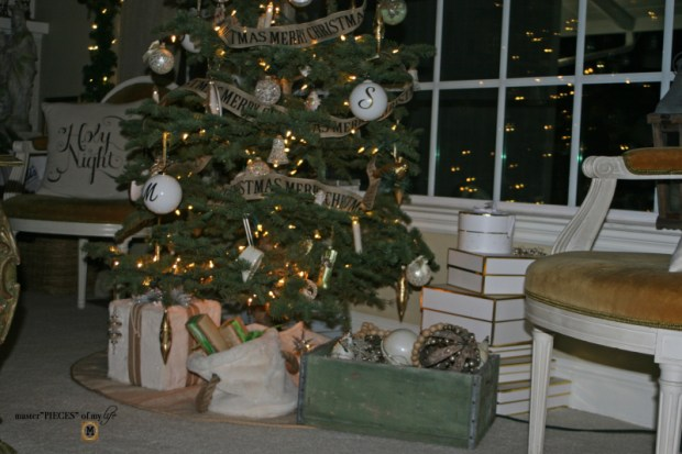 A trimmed christmas tree9