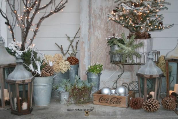 A vintage door & a petite Christmas tree6
