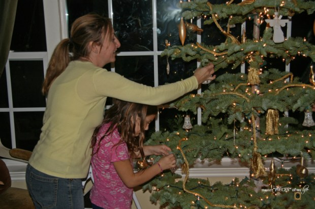 Christmas tree tradition7