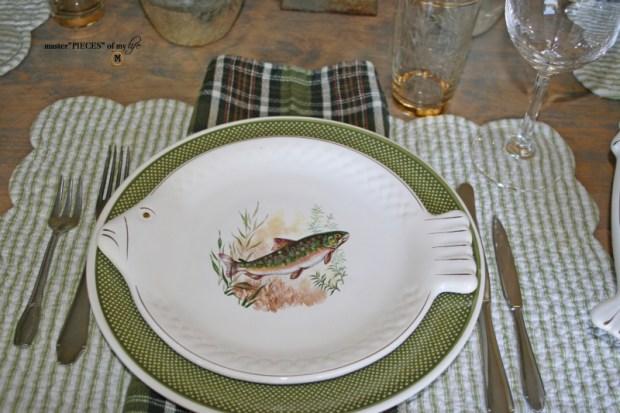 Fish dish tablescape1