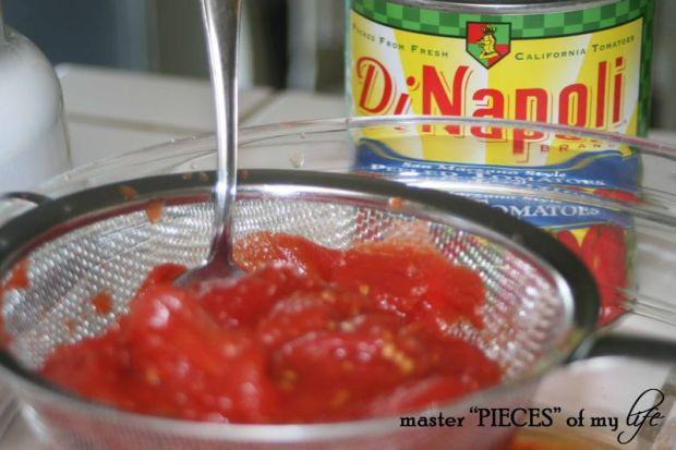 Pasta sauce can