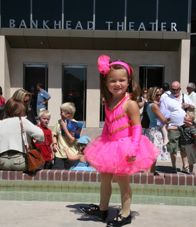 Lexi_in_front_of_theater