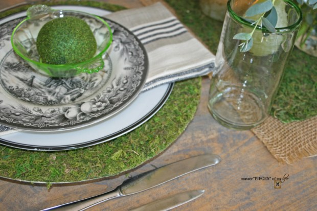 Mossy tablescape10