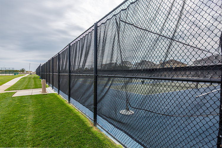 Chain Link Fencing | Master Wire Manufacturing