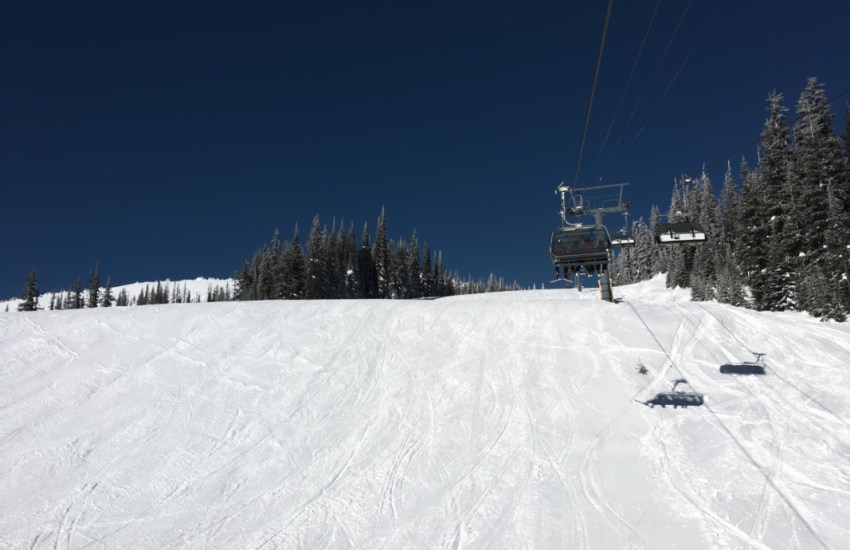 top 7 reasons to visit sun peaks resort winter edition