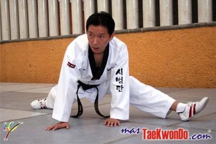 Kang Young Lee