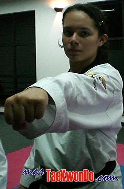 2010-06-10_(8830)x_taekwondo_Pumse_Colombia_Olga_250