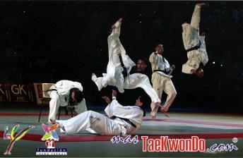 2010-09-30_(16822)x_masTaekwondo_Exhibicion-Galicia-Meilan_600_02