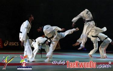 2010-09-30_(16822)x_masTaekwondo_Exhibicion-Galicia-Meilan_600_04
