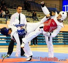 2010-11-07_(18498)x_masTaekwondo_Campeonato-Andalucia-Tae-Kwon-Do-2010_640_01