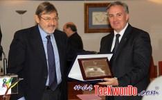 2010-11-15_(18662)x_Presidente-FET-y-Secretario-Taekwondo-Espanol-en-CSD_640