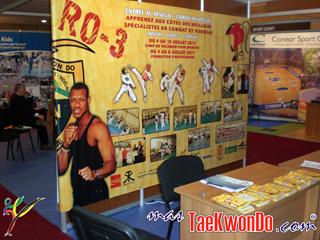 2011-03-24_(23140)x_Stand_SO-3_en_Marruecos_HOME