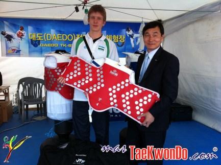 Nikita Rabalovich de Uzbekistan, Petos Electronicos TK-STRIKE.