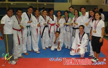 2011-06-05_27496x_Open-Tierra-del-Sol_Aruba_Venezuela_Team