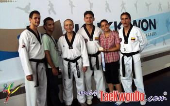 2011-07-18_(30375)x_Equipo_Colombia-Poomsae-gira-previa-al-Mundial-Corea