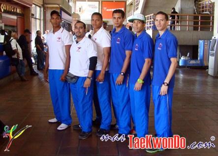 2011-09-30_(31883)x_Taekwondo-Venezuela_Preparacion_korea-2011_Equipo_M