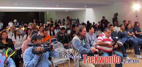 2011-10_Rueda-de-Prensa_Taekwondo-La-Loma_MEX-IR_06