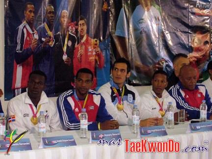 2011-11-10_(33012)x_Rueda-de-prensa_La-Loma_Taekwondo_03