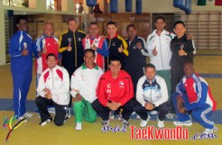 2011-11-13_(33072)x_Entrenadores-Taekwondo_La-Loma_HOME
