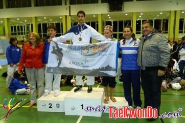podium cadete masculino -53kg