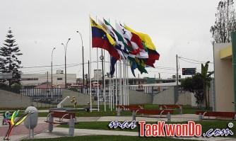 2013-09-22_(68972)x_Lima-2013_Taekwondo_JSJ_01