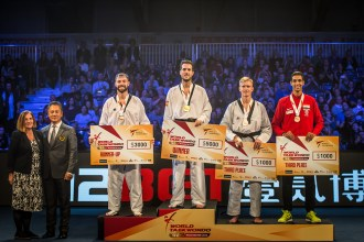 Day-3_Manchester-2018-World-Taekwondo-Grand-Prix_Podio_M-80