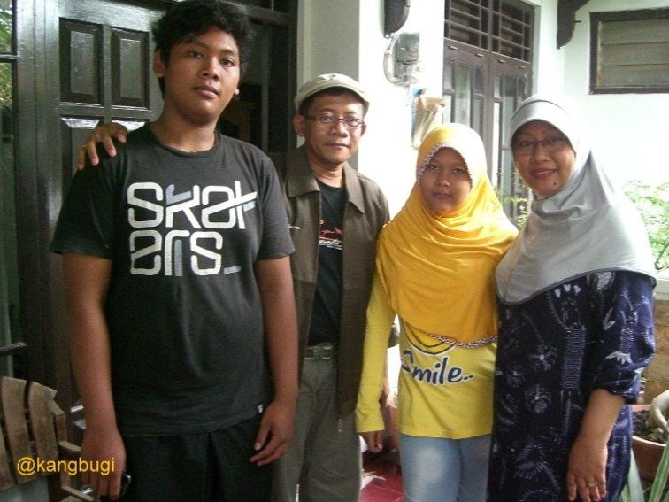 Arief Rahman's family