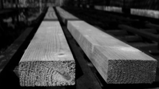 Timber stretching.