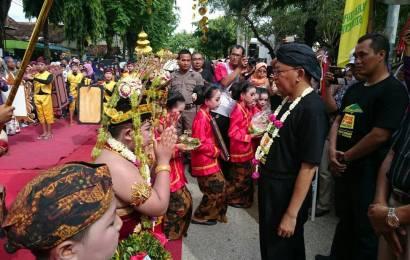 Festival Tan-Pangantanan dan Parade Saronen 2017; Upaya Lestarikan Budaya Sumenep