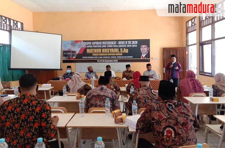 Guru SMA dan SMK Swasta di Bangkalan Curhat Problem Pendidikan kepada Mathur