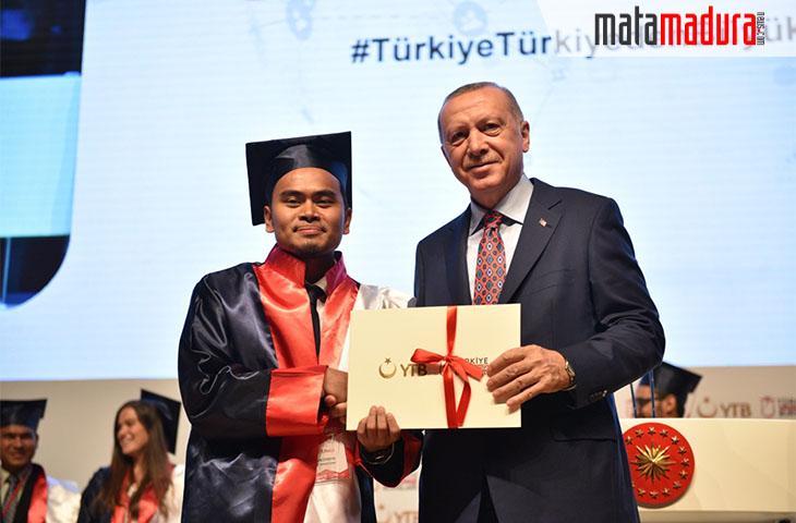Cerita Founder Lüğât.id, Penerima Penghargaan dari Erdoğan
