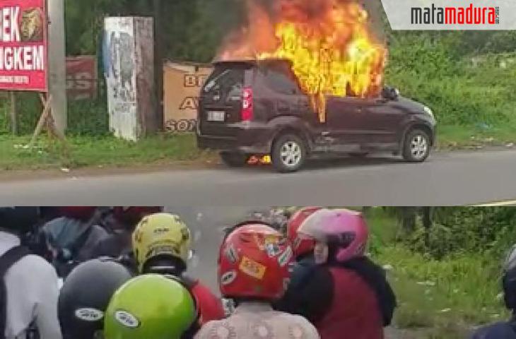 Mobil Xenia Hangus Terbakar di Akses Suramadu